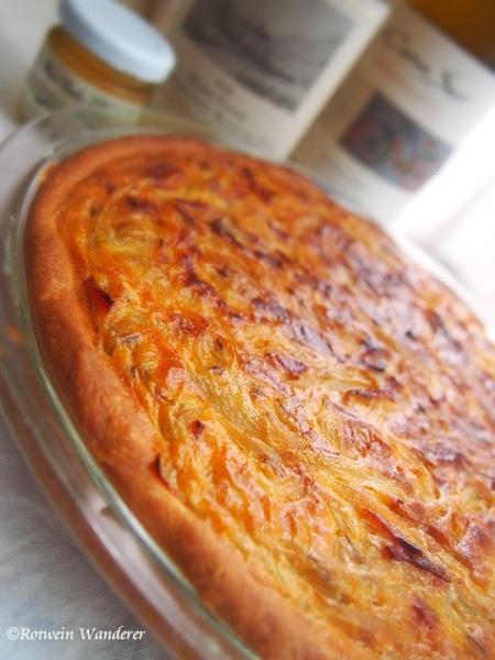 Zwiebelkuchen by Rotwein