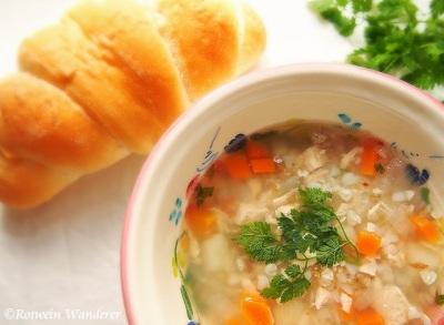 Grechka Soup w/ bread