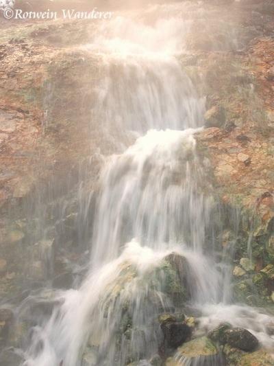 hot water fall (sig)