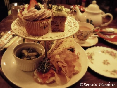 afternoon tea @ the Butterfly & the Pig